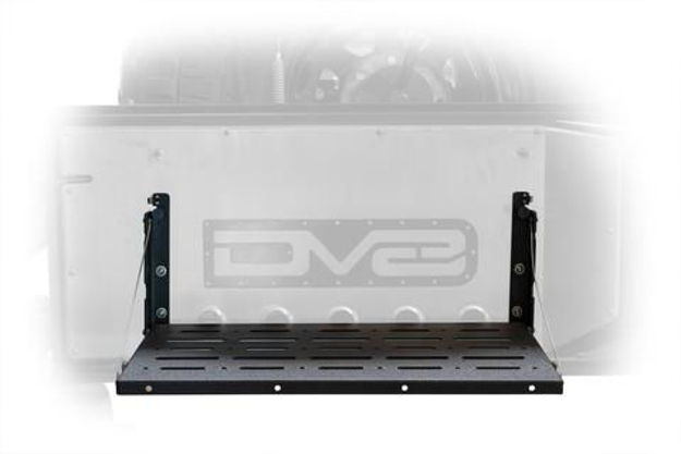 DV8 Foding Trail Table
